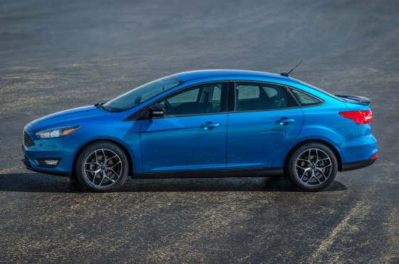 New Ford Focus Stability Control Technology Predicts Spinouts